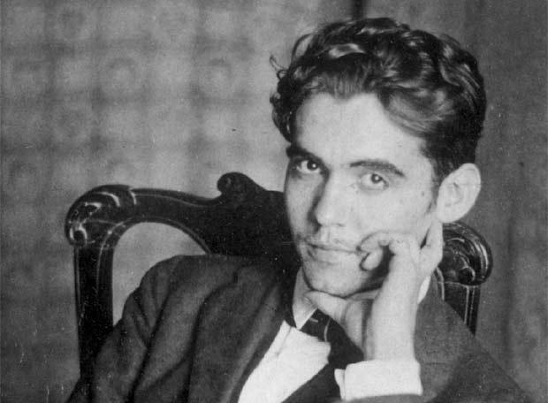 Soạn bài lớp 12: Đàn ghi ta của Lorca
