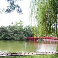 Những địa điểm hẹn hò lãng mạn cho ngày 20/10 ở Hà Nội và TPHCM