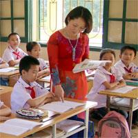 Nghị định 19/2013/NĐ-CP chính sách với nhà giáo, cán bộ quản lý giáo dục trường chuyên biệt, vùng khó khăn