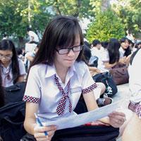 Đề thi học kì 1 môn Lịch sử lớp 10 trường THPT Yên Lạc 2, Vĩnh Phúc năm học 2014 - 2015