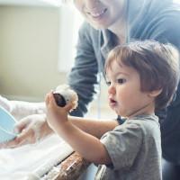Bí quyết phân việc nhà cho con theo độ tuổi