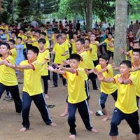 Đề thi giáo viên dạy giỏi môn Thể dục trường tiểu học Thành Long, Tuyên Quang năm 2016 - 2017