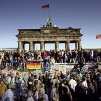 Câu hỏi trắc nghiệm và bài tập Địa lý lớp 11: Cộng hòa Liên bang Đức