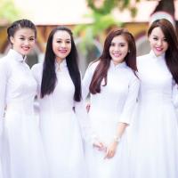 Bài tập Tiếng Anh lớp 7 Chương trình mới Unit 6: THE FIRST UNIVERSITY IN VIETNAM