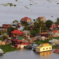 Giải bài tập SGK Tiếng Anh lớp 8 Chương trình mới Unit 9: Natural Disasters