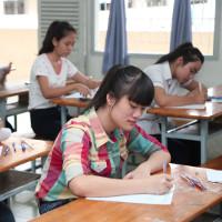 Đề thi học kỳ 2 môn Tiếng Anh lớp 11
