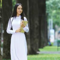 Đề thi thử vào lớp 10 môn Tiếng Anh học trường THPT Chuyên Nguyễn Huệ, Hà Nội năm học 2017 - 2018 (Lần 1)