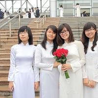 Bộ đề thi học kỳ 2 môn Tiếng Anh lớp 10 trường THPT Chuyên Lương Thế Vinh, Đồng Nai năm học 2016 -2017 (file nghe - đáp án)