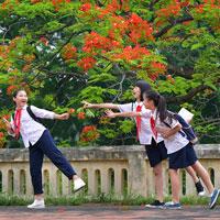 Đề thi vào lớp 10 môn Lịch sử (chuyên) tỉnh Quảng Bình