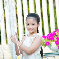 Giáo án Tiếng Việt 4 tuần 2 bài: Chính tả - Mười năm cõng bạn đi học
