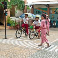 Giáo án An toàn giao thông lớp 5 - Bài 5: Thực hiện văn hóa giao thông