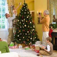 Cách trang trí cây thông Noel đẹp trong đêm Giáng sinh