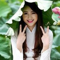 Soạn Văn 8: Tức cảnh Pắc Bó (Hồ Chí Minh)