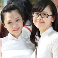 Vẻ đẹp bức tranh tứ bình trong khổ thơ thứ 7 bài Việt Bắc