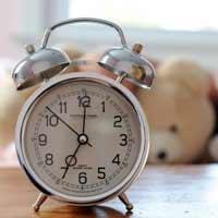 Lập dàn ý tả chiếc đồng hồ báo thức lớp 5