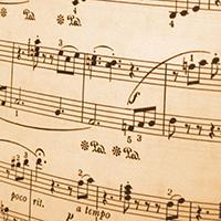 Tập đọc nhạc số 4 lớp 9 bài Cánh én tuổi thơ
