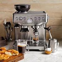 Nên chọn mua máy pha cà phê tự động hay bán tự động