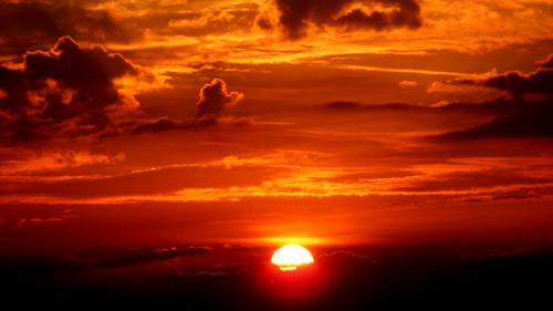 Đoạn văn tả cảnh mặt trời mọc mà em quan sát được lớp 6